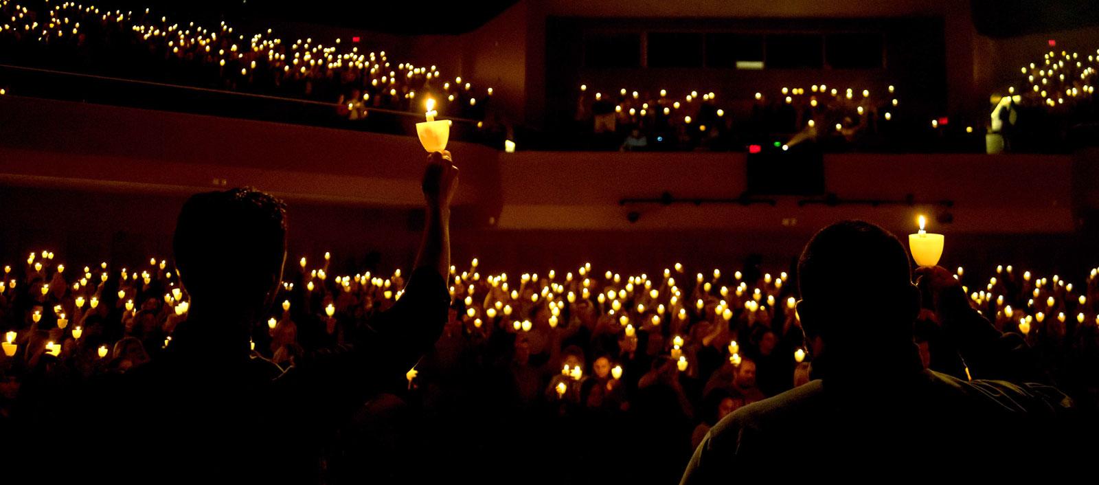 Candlelighting image